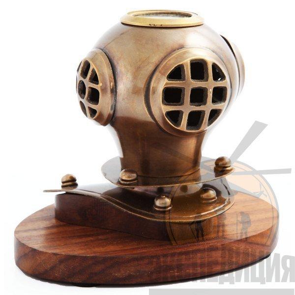 "Шлем водолаза на подставке ""Эдмунд Галлей"" с компасом"