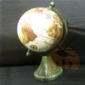 Подарочный глобус на подставке